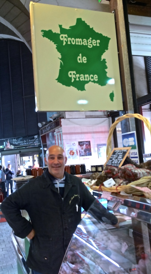 Fromager Ouvert at his stall in Versailles